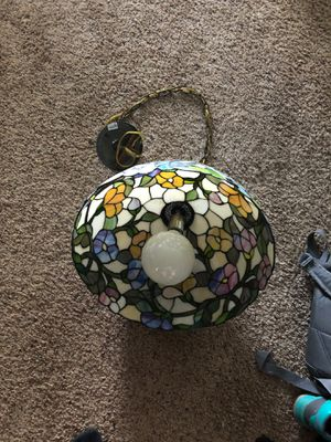stain glass lamp for Sale in Simpsonville, SC
