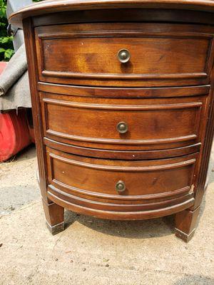 Antiques corner table for Sale in Ottumwa, IA