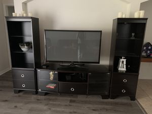Ashley Furniture Tv stand for Sale in Tampa, FL