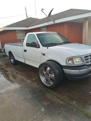 F150 with 100k perfect truck and very healthy and reliable there are no issues with the truck it's been kept up I was gonna put 24rims if you want for Sale in Chalmette, LA