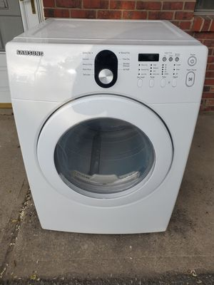 Samsung white electric dryer good working conditions for Sale in Wheat Ridge, CO