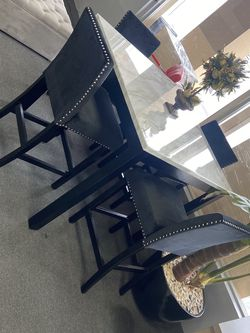 5 Pc Marble Dining Table for Sale in Fresno,  CA