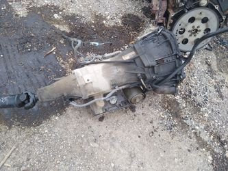 I got a good 1998 Chevy 4l60e transmission for your truck Tahoe or surburban all complete for Sale in San Antonio,  TX