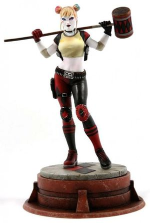 Harley Quinn Jim Lee Chronicle Collectible Statue GameStop ThinkGeek Exclusive DC for Sale in Highland Village, TX