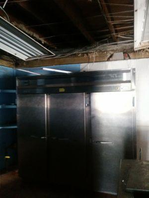 3 door commercial refrigerator for Sale in Detroit, MI