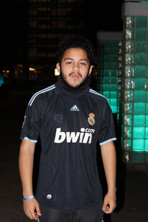09/10 Real Madrid Away Jersey for Sale in Alexandria, VA