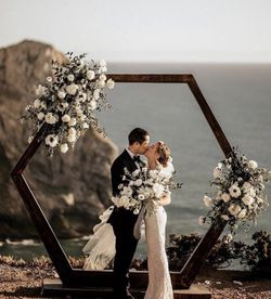 Hectagon Wedding Arch for Sale in Anaheim,  CA