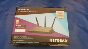 Nighthawk AC1900 smart WiFi router Netwear for Sale in Bakersfield, CA