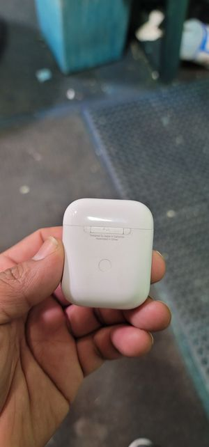 Apple Airpods for Sale in Oakbrook Terrace, IL