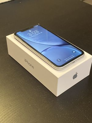 IPhone XR, White, 64GB for Sale in Compton, CA
