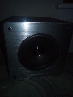 Bluetooth wireless speaker for Sale in Washington, DC