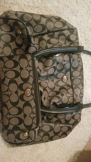 Real coach purse and matching wallet for Sale in Gibsonton, FL