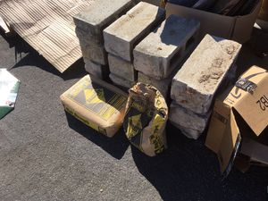 Concrete and cinder blocks for Sale in Cupertino, CA