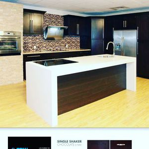Special !! Kitchen Cabinets 10 X 9 REAL WOOD $1950 for Sale in Fort Lauderdale, FL