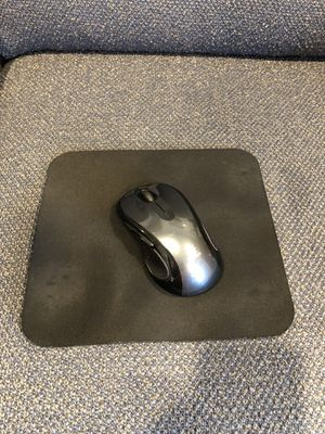 Logitech M510 Mouse (wireless usb mouse) w/ Mouse Pad for Sale in Colorado Springs, CO