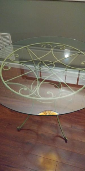 Round glass and iron Kitchen / Dining Table for Sale, used for sale  Trenton, NJ