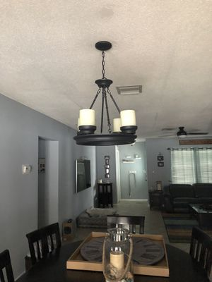 Large Rustic candle chandelier - Black chandelier for Sale in Pompano Beach, FL