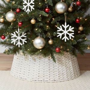 """26"""" Rope Christmas Tree Collar BRAND New for Sale in Las Vegas, NV"""