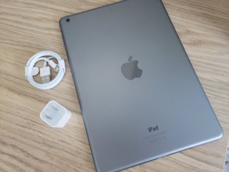 """iPad Air (10inch) (SIM) Usable with any SIM card """"as like nEW"""". for Sale in VA,  US"""