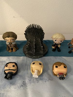 Game of Thrones Collectible Lot. Mini pop figures, magnets, throne, mouse pad, etc for Sale in Irvine, CA