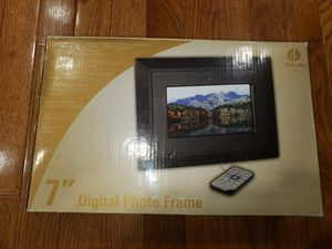 "Digital labs 7"" Digital Photo Frame for Sale in Rockville, MD"