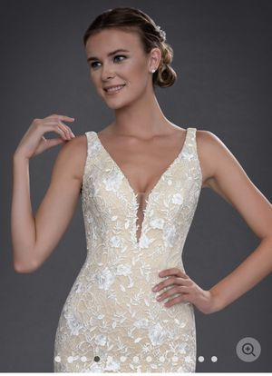 Wedding dress for Sale in Maineville, OH