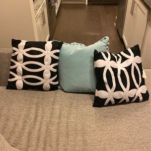 3 Sofa Pillows 5/ea Or Best Offer for Sale in Atlanta, GA