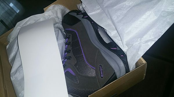 Skamania waterproof women's boots. Grey /viola
