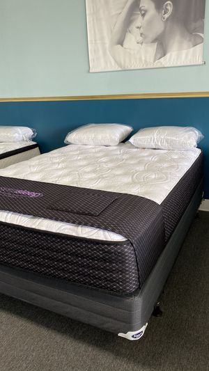 NEW Queen Limited Plush Mattress Available right NOW Q1QR5 for Sale in Irving, TX