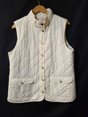 Women's Cambridge Dry Goods White Puffer Vest Diamond Pockets Gold Buttons XL ***EXCELLENT CONDITION-CLEAN*** for Sale in Parkland, WA