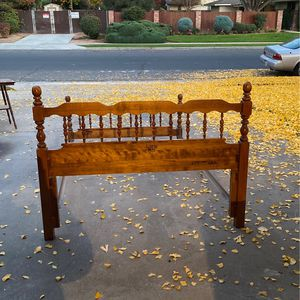 Nice Wooden Bed Frame for Sale in Fresno, CA