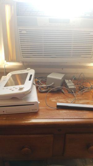 Wii u white for Sale in Elizabeth, NJ