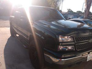 07 chevy silverado classic for Sale in Fresno, CA