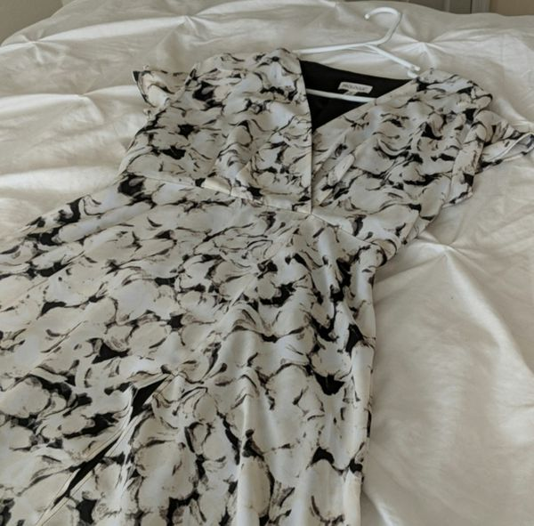 Prologue Black and White Dress (Medium)