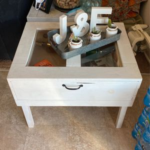 Cute Coffee Table for Sale in Hanford, CA