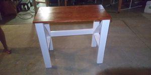 Solid wood desk for Sale in Rialto, CA