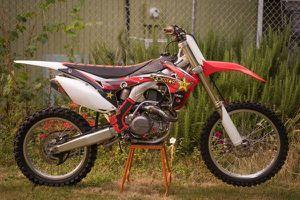 2016 honda crf450r hot bike for Sale in Wood Village, OR