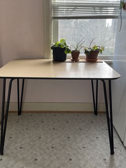 Vintage Kitchen Table for Sale in Seattle,  WA