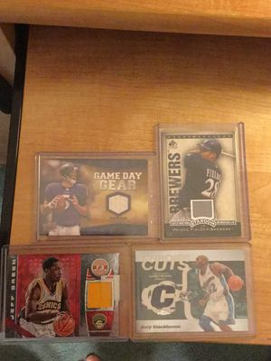 Football,basketball and baseball jersey cards for Sale in Painesville, OH