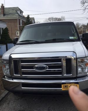 Ford E 350 2013 15 passenger for Sale in New York, NY