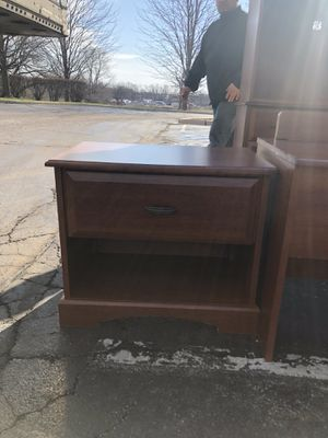 Lamp Desk for Sale in Joliet, IL