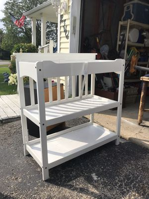 Changing Table for Sale in Woodridge, IL