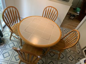Table & Chairs for Sale in Waldorf, MD