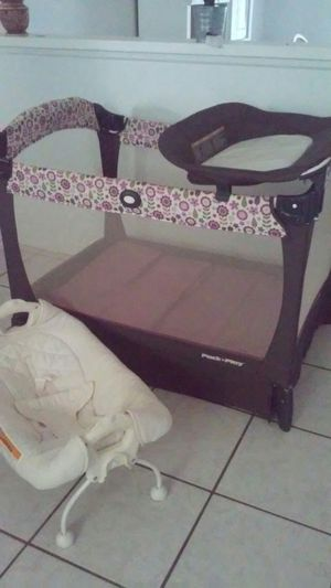 Pack n play for Sale in Kissimmee, FL