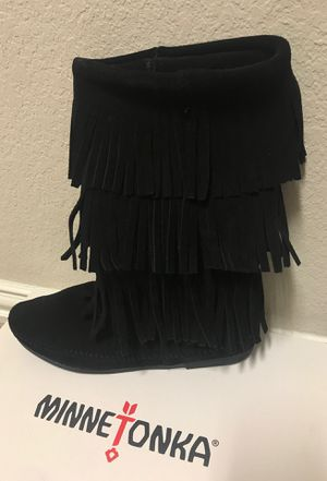 Ladies fringed Boots for Sale in Creedmoor, TX