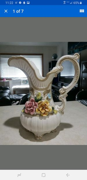 "Capodimonte large 14"" Covered Flowered Leaf Rose Footed pitcher Italy mint for Sale in Milford, CT"