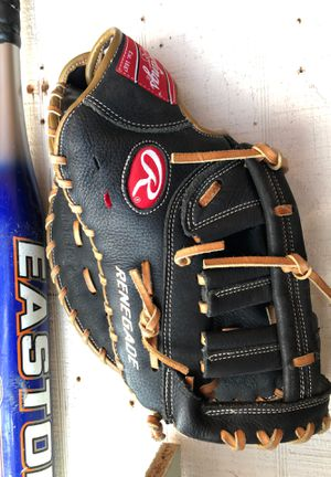 Baseball glove for Sale in Sterling Heights, MI