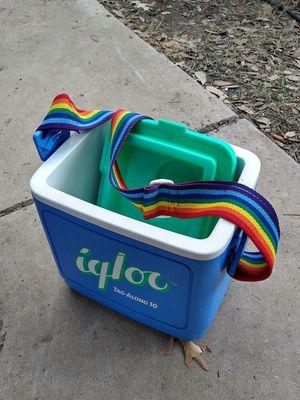 Retro igloo ice cooler for Sale in San Antonio, TX
