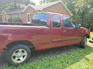 2003 Ford F150 XL (V6) for Sale in Clarksville, TN