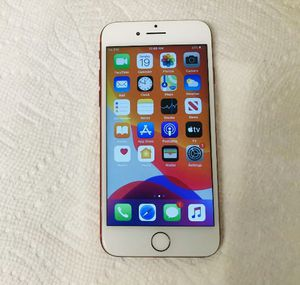 iPhone 7 UNLOCKED for Sale in Gig Harbor, WA